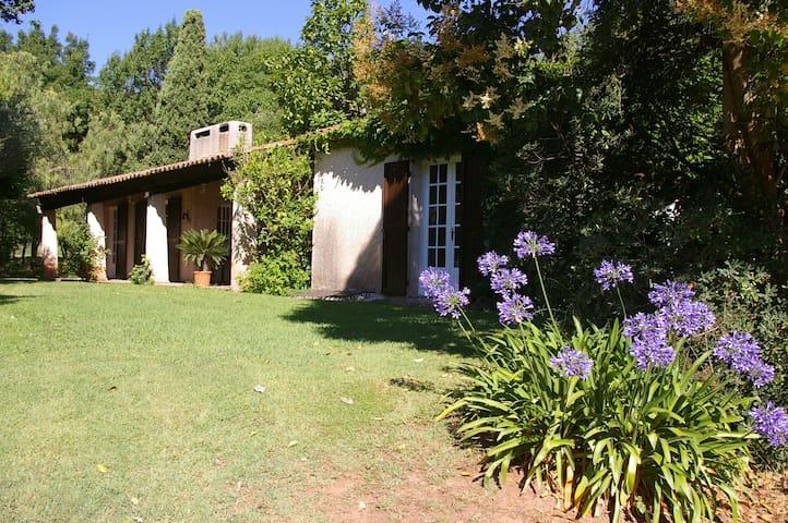 chambre a louer au mas St. Jean - Solliès-Ville - Casa