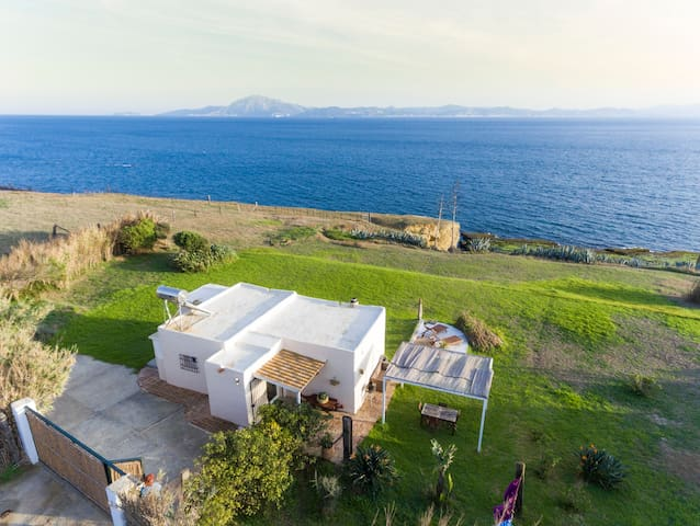 Sea Side Romantic Getaway  - Tarifa - Haus
