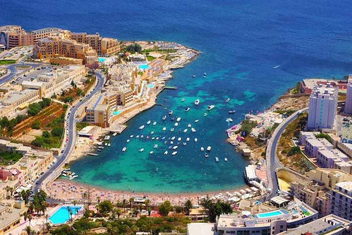 Mediterranean Luxurious Seaside Resort