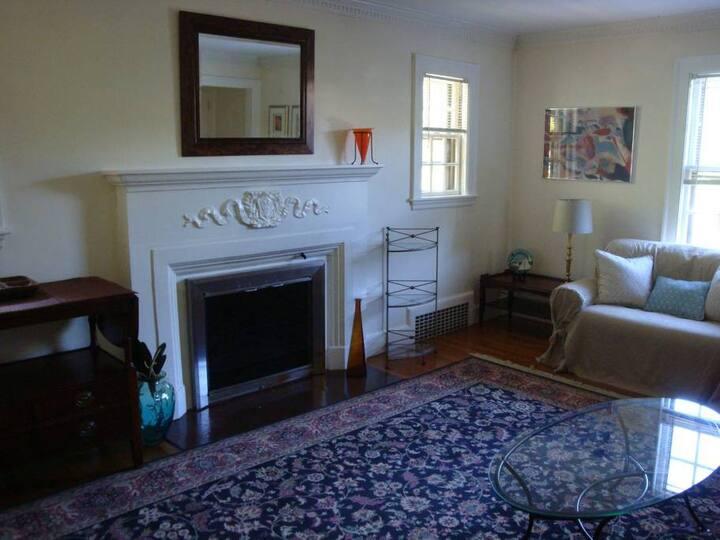 3 Bedroom in Newton Center near Boston College