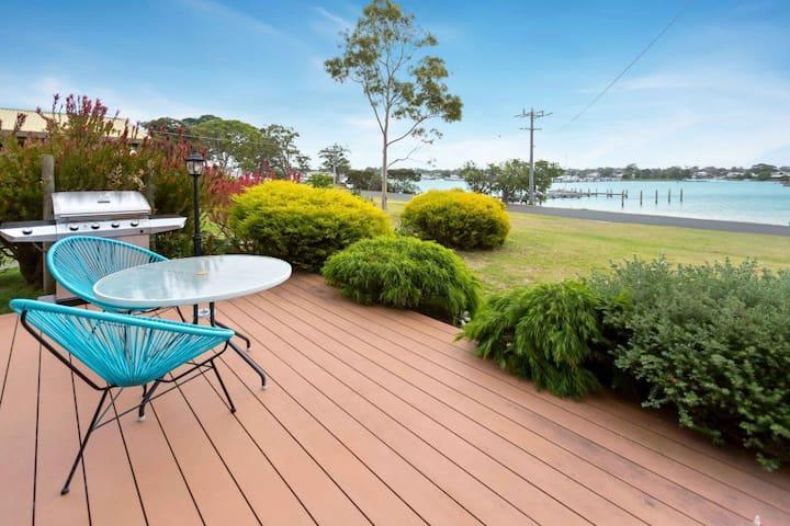 Getaway - waterfront island living