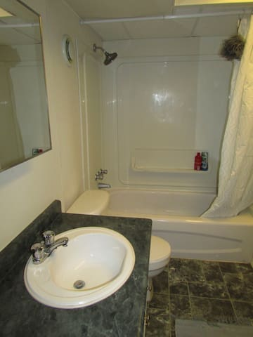 Tub and shower, with plenty of hot water