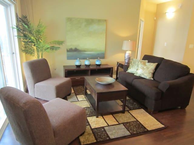 Furnished 2 bedroom condo, - Winnipeg - House