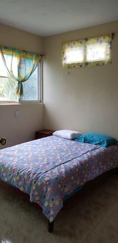 Cama matrimonial, Si es necesario podemos acomodar 2 camas individuales