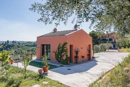 Brand new private villa/swimming pool in tuscany