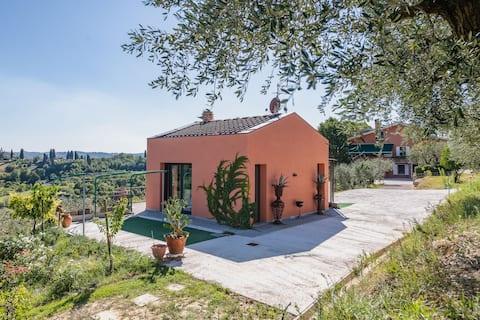 Brand new private villa/swimming pool in tuscany