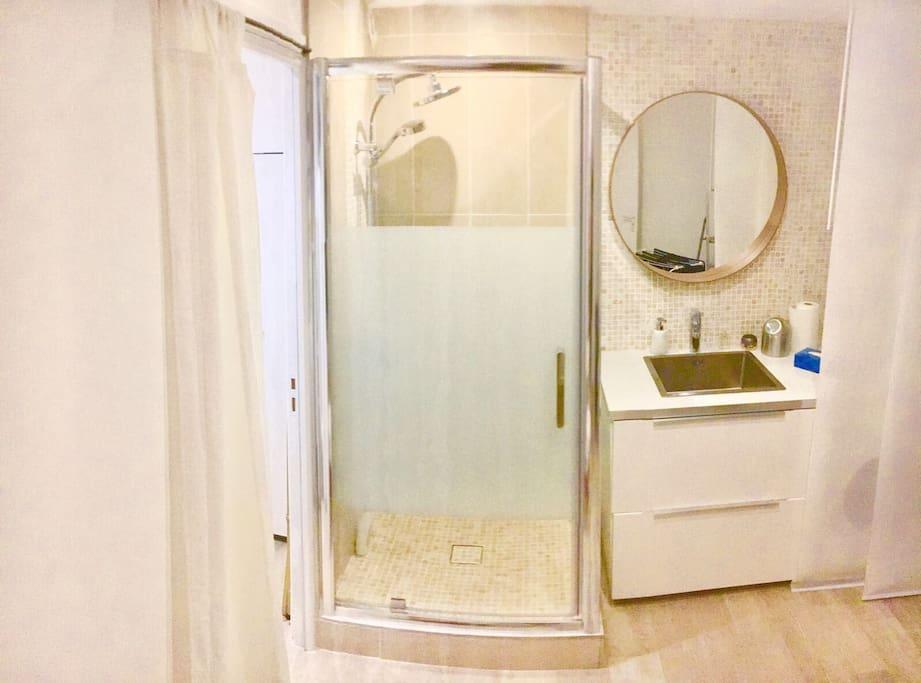 1chambre salle de bain boulogne billancourt houses for rent in boulogne billancourt le de - Parking porte de saint cloud vinci park ...