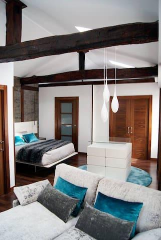 Casa completa en el Corazon de Huarte