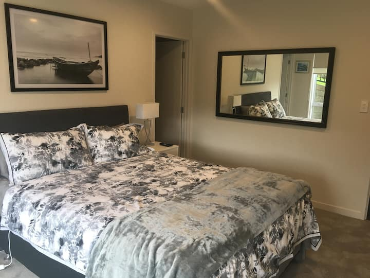 Landstead Luxury Guest Suite Gulf Harbour