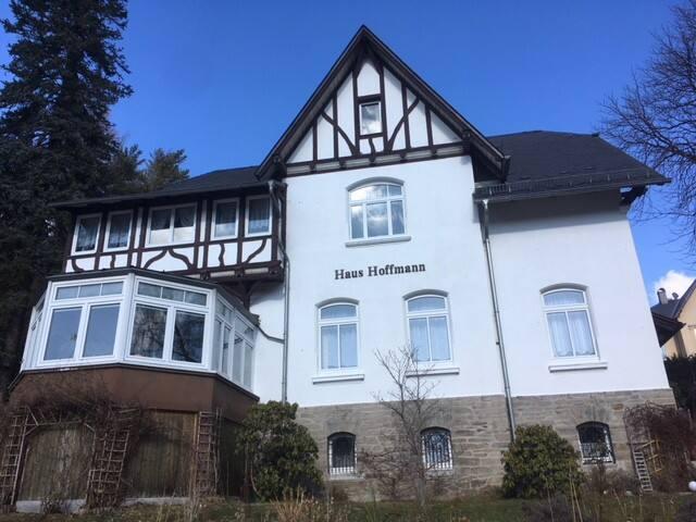 Ferienwohnung in Villa // Preisrabatt auf Anfrage