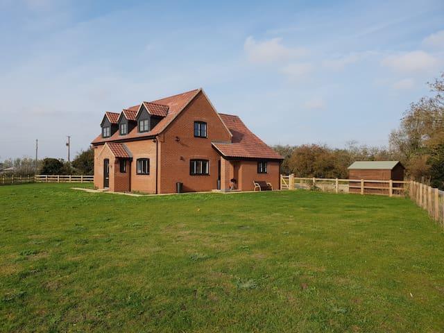 Farmhouse great for entertaining
