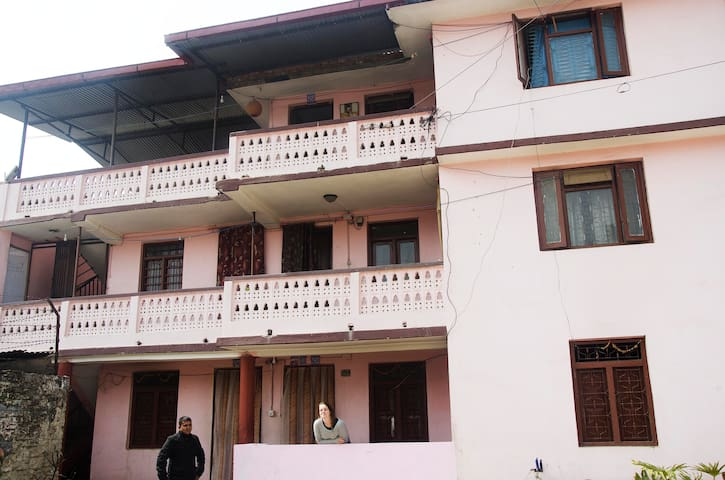 Season Home Stay  in Kathmandu - Kathmandu - Bed & Breakfast