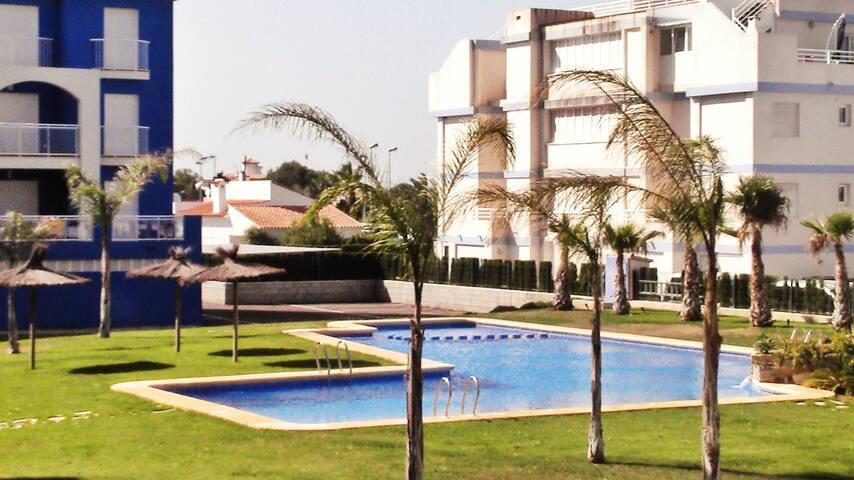 Precioso apartamento en la playa de  Oliva