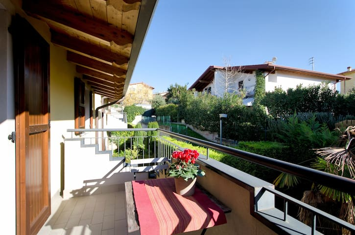 Family-friendly apartment close to Lake Garda – Apartment Azul