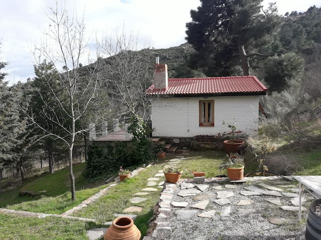 charming rural cottage + pure nature - Robledo de Chavela