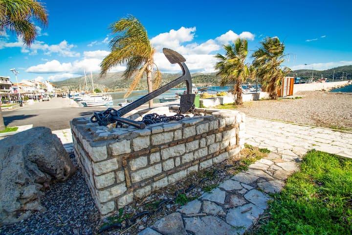 Apartamento aislado en Astakos cerca del mar