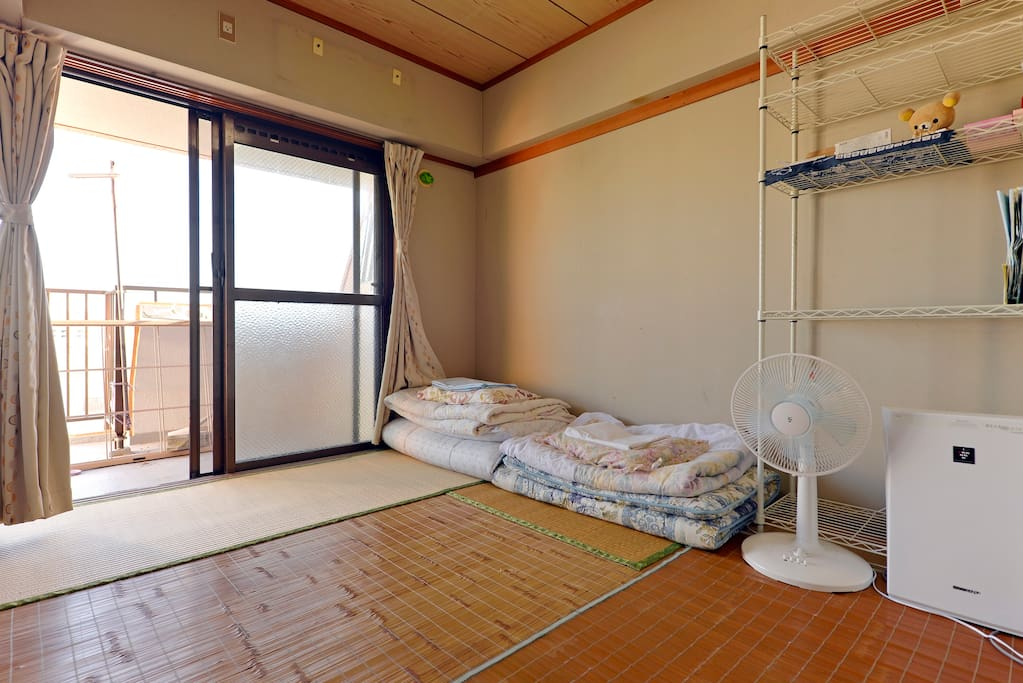 japanese style room near the port apartments for rent in