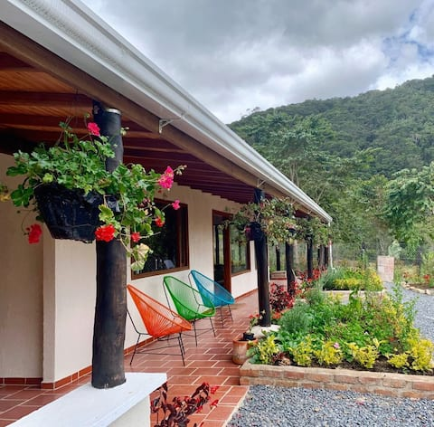 Casa Colibri, Beautiful Cottage, Arcabuco,  Boyaca