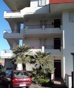 appartamento vicino al mare secondo piano - Paparo-sant'angelo