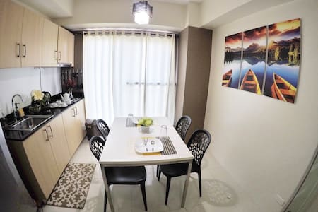 PROMO RATE 1BR w/ TAAL view&WIFI - Tagaytay - Apartament