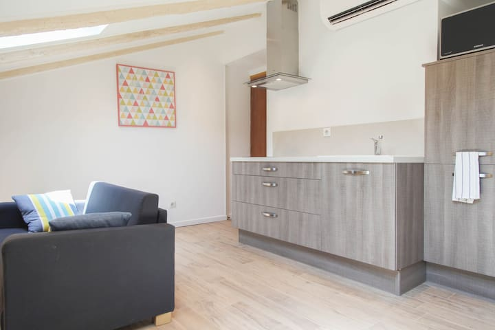 Outstanding apartment in Nice heart