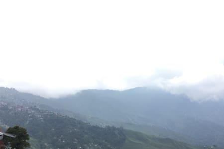 COMFORT of home !! - Darjeeling