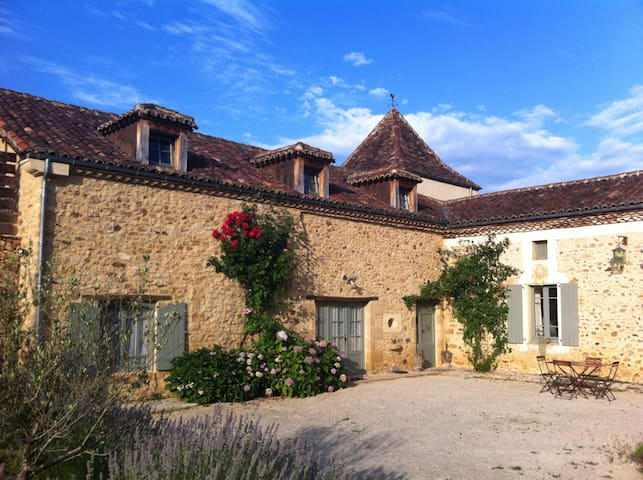 Unique vacation apt.sleeps 6 Dordogne