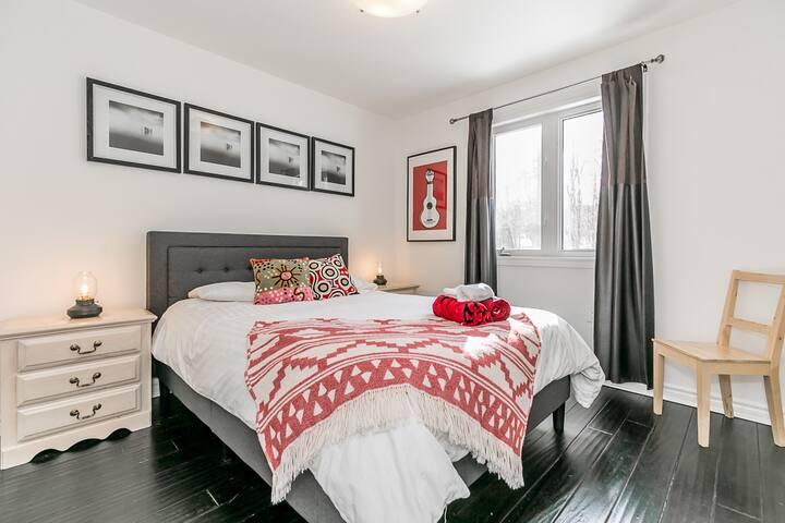 Bedroom 2. Main level