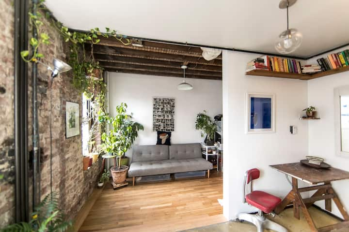 Williamsburg, Brooklyn Apartment