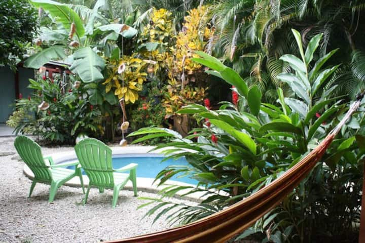 Toucan Apartment at Bambula-Hammock time
