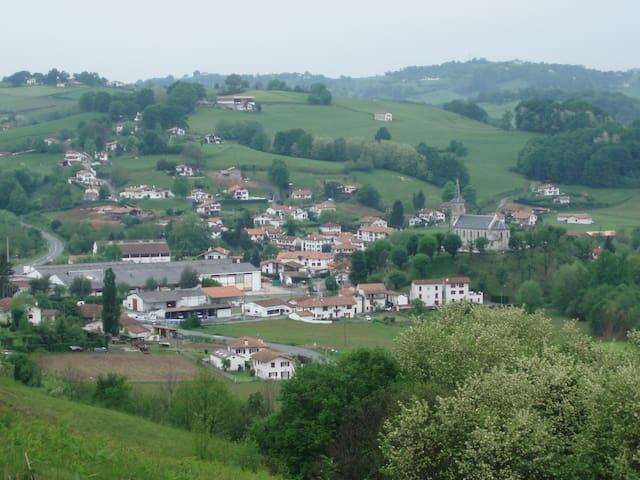 Pays Basque près Biarritz/Espagne. - Bonloc - Leilighet