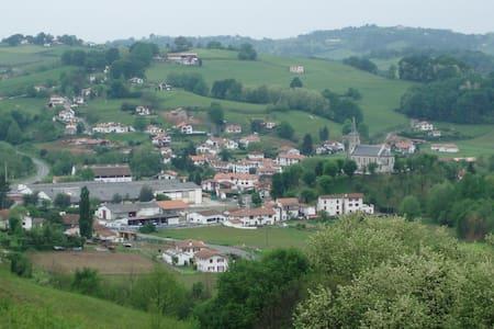 Pays Basque près Biarritz/Espagne. - Bonloc
