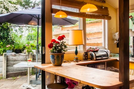 Midweek Bohemian Ibiza Basic Cottage free P - Egmond aan den Hoef - Blockhütte