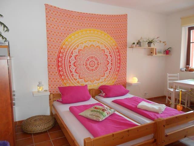 Ein ruhiges gemütliches Zimmer