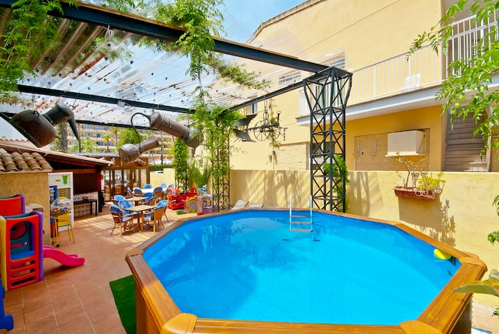 ROMA 2 / POOL / 6PAX / AC / BEACH