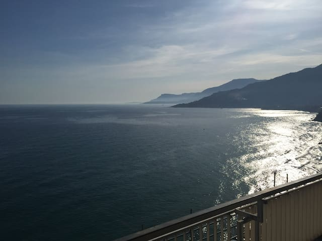 Fantastico appartamento fronte mare - latte - Appartement