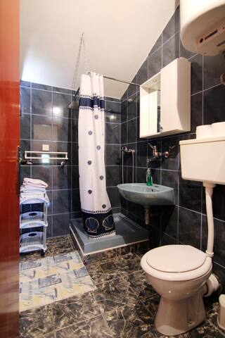 Apartmani Ivanka app3 - Vrboska - Flat