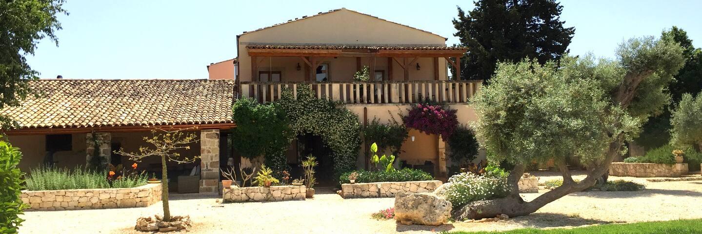 La Casa di Melo - Organic Farm - Syrakus