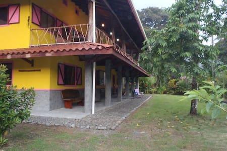 Casa Colibrí Studio Apartment - Pavones - Lakás