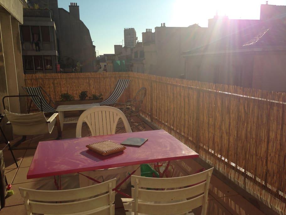 Terrasse au coeur de marseille appartements louer for Terrasse de marseille
