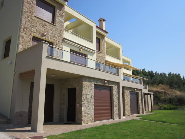 Apartment with garden and sea view! - Chalkidiki - Casa