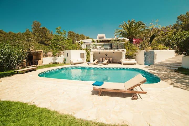 Sunny Ibiza Villa - Sant Antoni - วิลล่า
