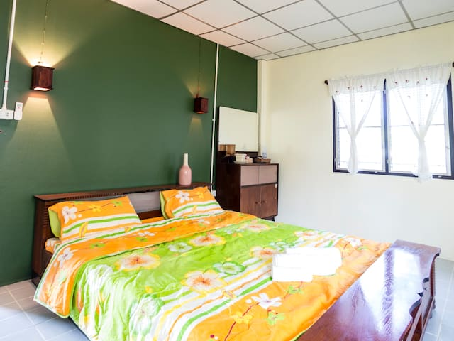 Noinhae House 3 - San Kamphaeng - Bed & Breakfast