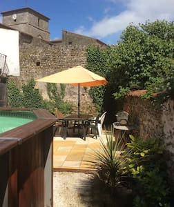 Village house private heated pool - Chantonnay