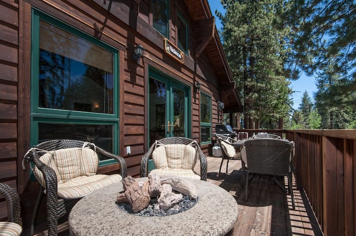 Agatam - Luxury 3 BR Hot Tub & Fireplace - Tahoe Vista - House