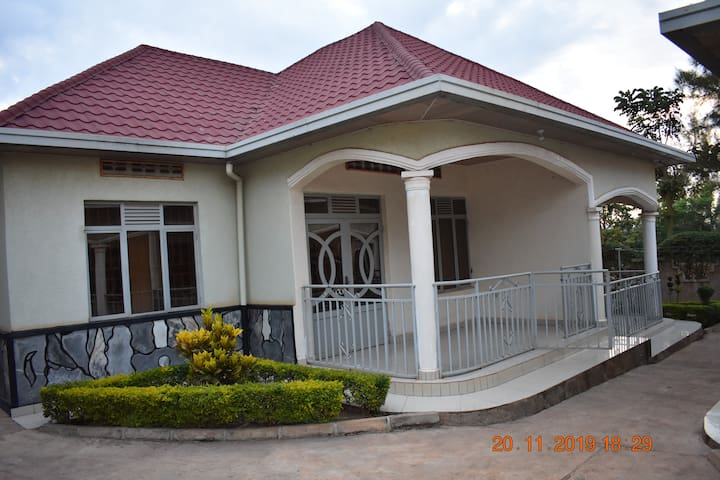 Furnished House With Fast Wi-fi internet