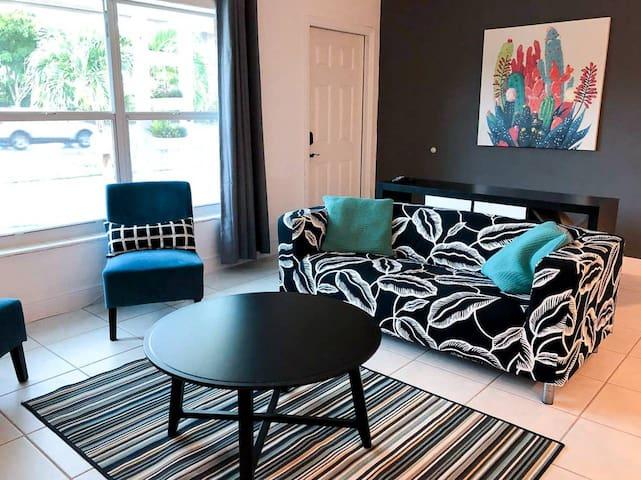 {M} Casa completa con gran ubicación en Miami