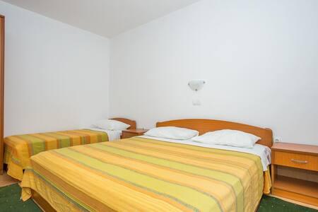 Apartments Macolić / One Bedroom 1A - 拉博 - 公寓