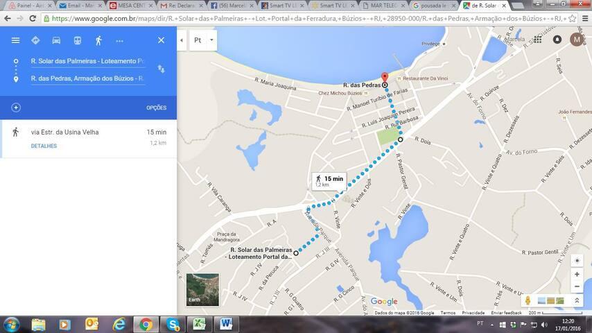 0,7 miles walk to Rua das Pedras Street – 1,2km até a Rua das Pedras