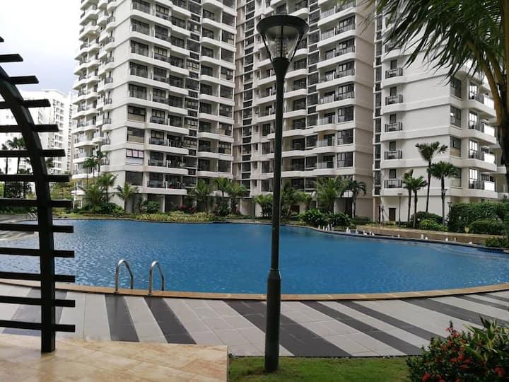 Danga Bay's decent apartment